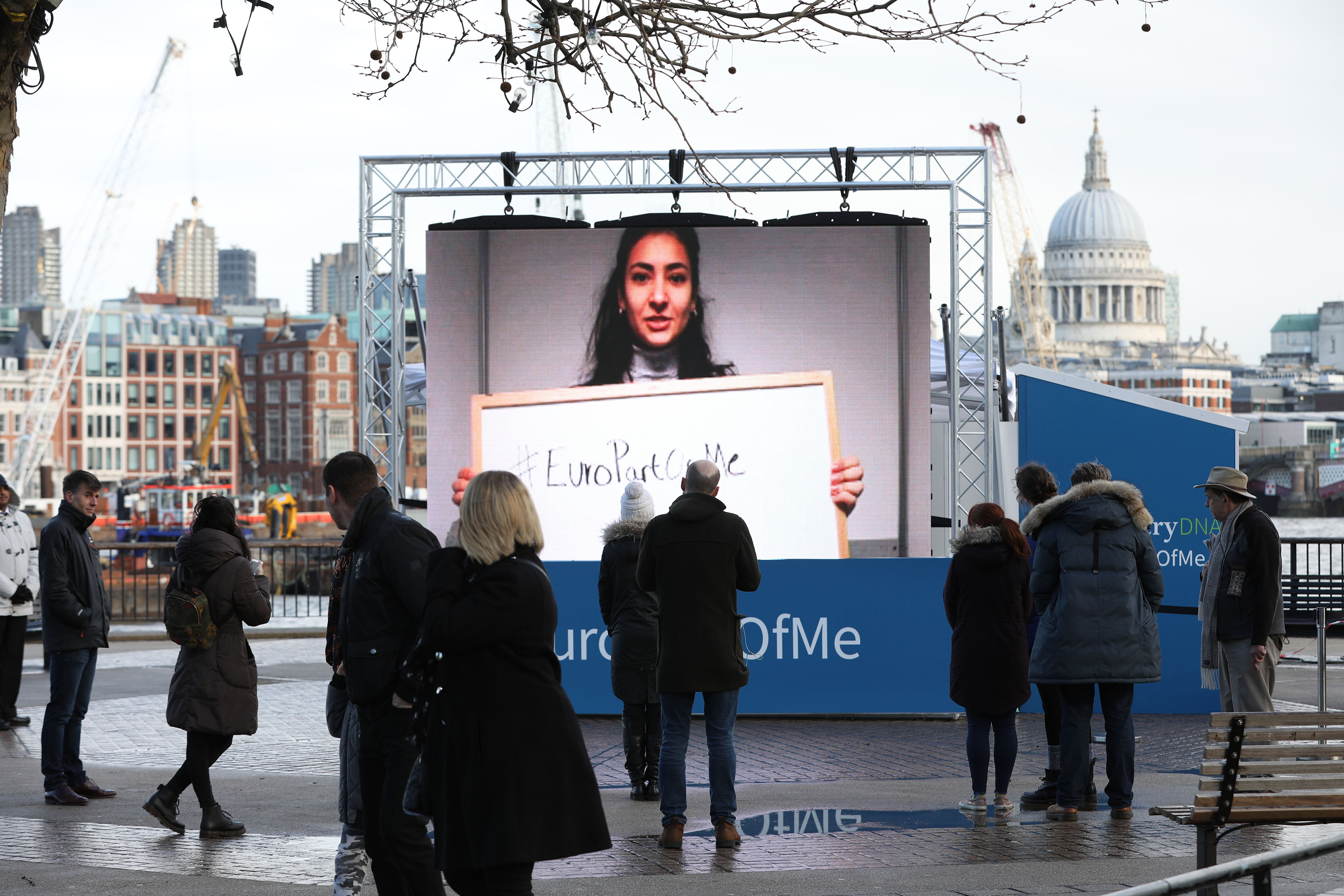 AncestryDNA hosted a giant interactive screen on the Southbank today as part of their #EuroPartOfMe campaign. Members of the public joined celebrities from both sides of the debate - including Alastair Campbell and Cheryl Baker - in recording video messages celebrating their enduring links to Europe. AncestryDNA is a home DNA testing service that enables you to discover the ethnicities in your DNA, going back hundreds of years, as well as revealing who you are genetically connected to across a network of over six million people.